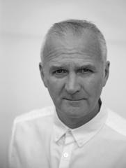 Laurence Sweeney Photo Profile-1